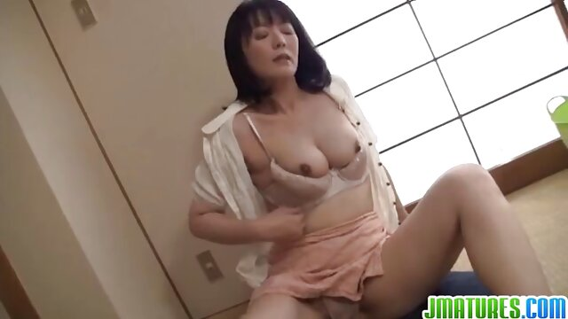 JOI para esclavos - French Metis Domina - trio lesbian porn Vends-ta-culotte